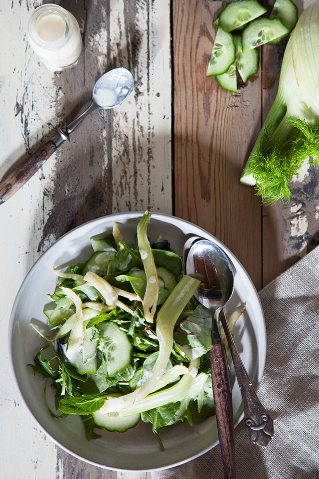 Green Salad with grilled Fennel and Ginger Skyr Dressing