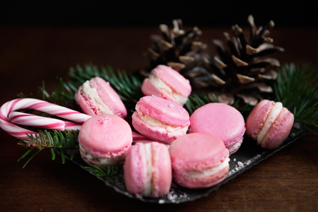 Holiday French Macarons with Candy Cane