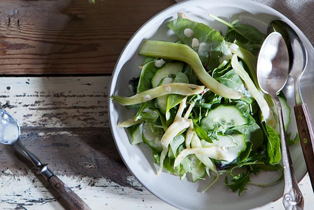 salat med granatæble og edamame