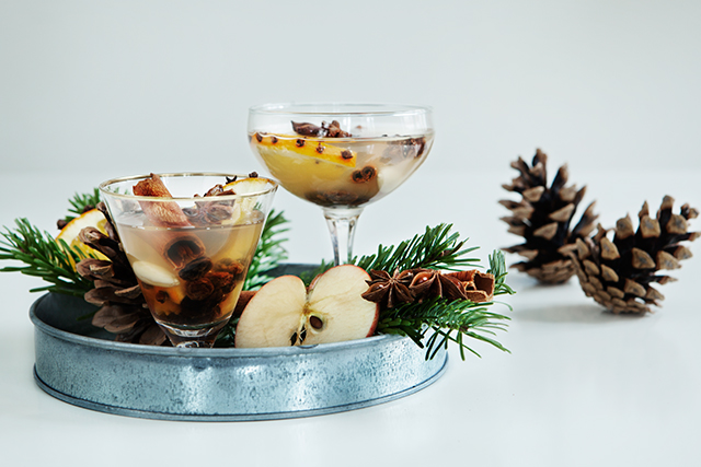 Recipe: White Glögg / Mulled Wine Recipe