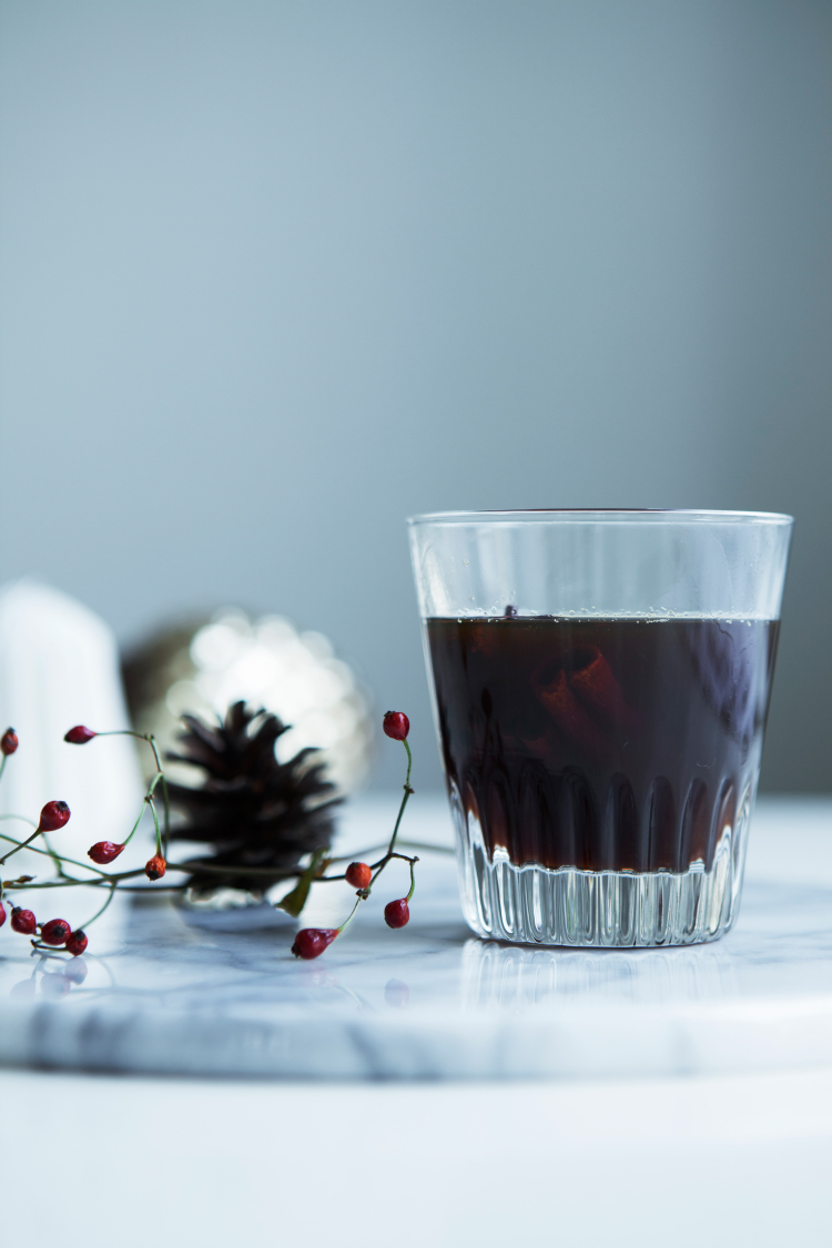 Liquorice Glögg - Hot & Spiced Wine for the Holidays