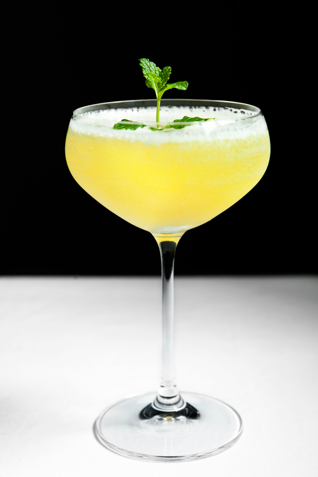Flirtini - Vodka, Pineapple juice and Champagne. Perfect for spring