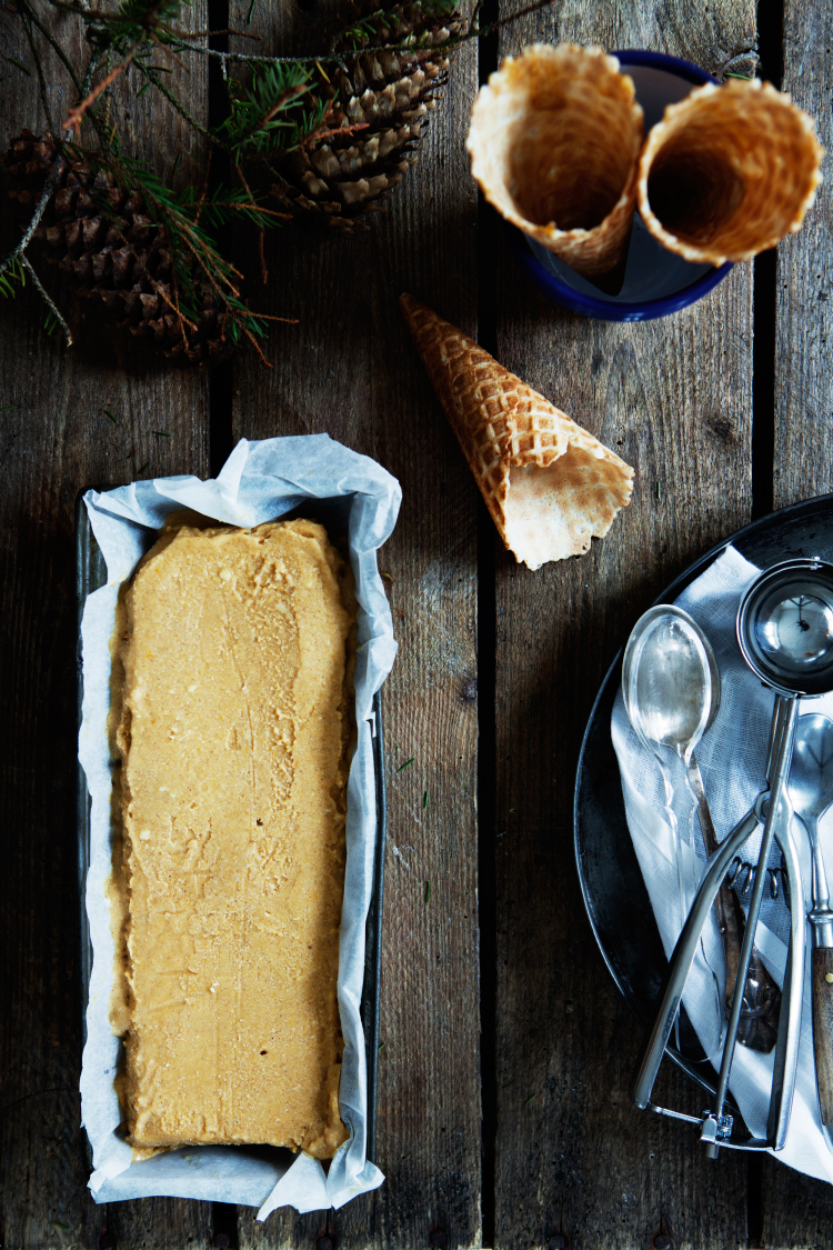 Pumpkin Pie Ice Cream by Modern Wifestyle