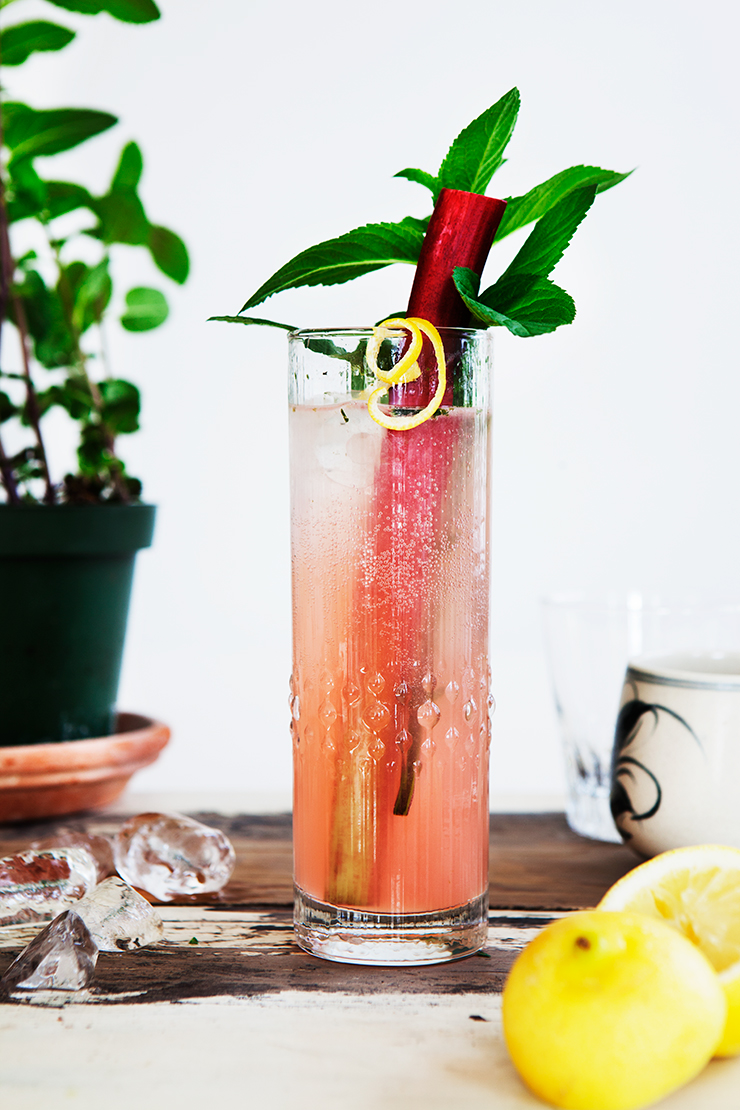 Rhubarb Collins Long Drink Recipe