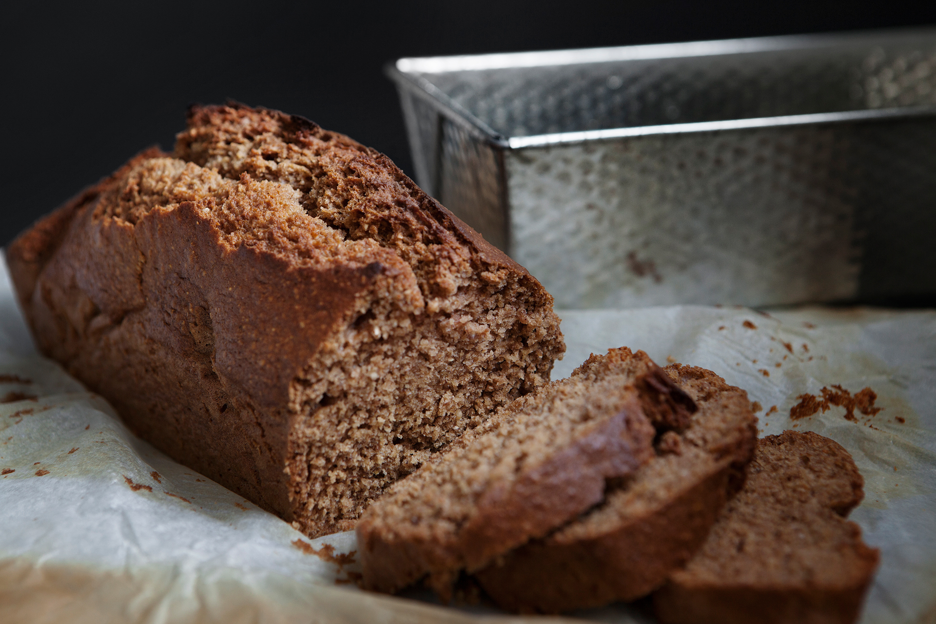 Recipe: Spice Loaf with Homemade Apple Sauce